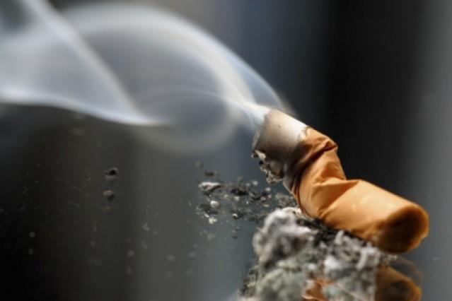 comment retirer l 39 odeur du tabac froid blog nettoyage. Black Bedroom Furniture Sets. Home Design Ideas